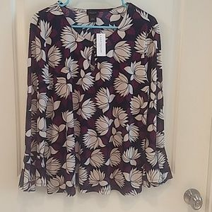 Ann Taylor floral top with bell sleeves
